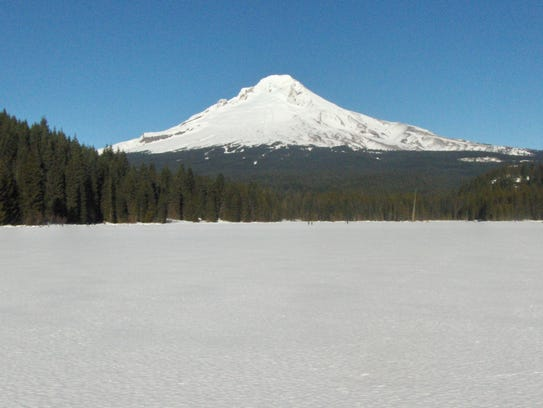 The view from the Trillium Lake Loop of Mount Hood