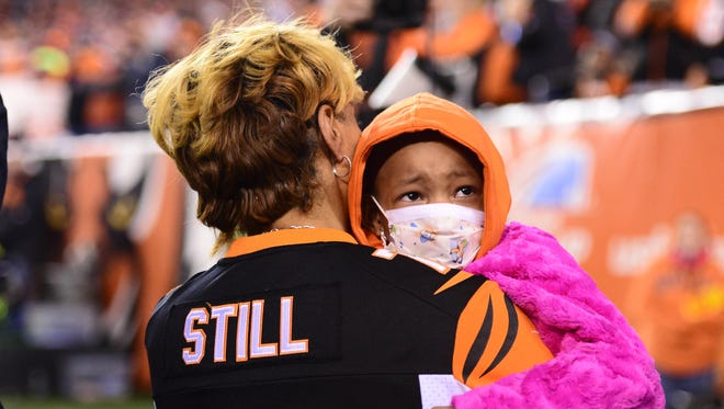 Devon Still asked for prayers for his daughter Leah after a complication arose following a stem cell transplant.