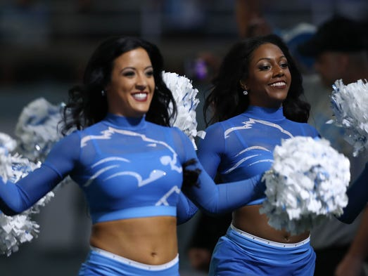 Lions cheerleaders take the field before the season