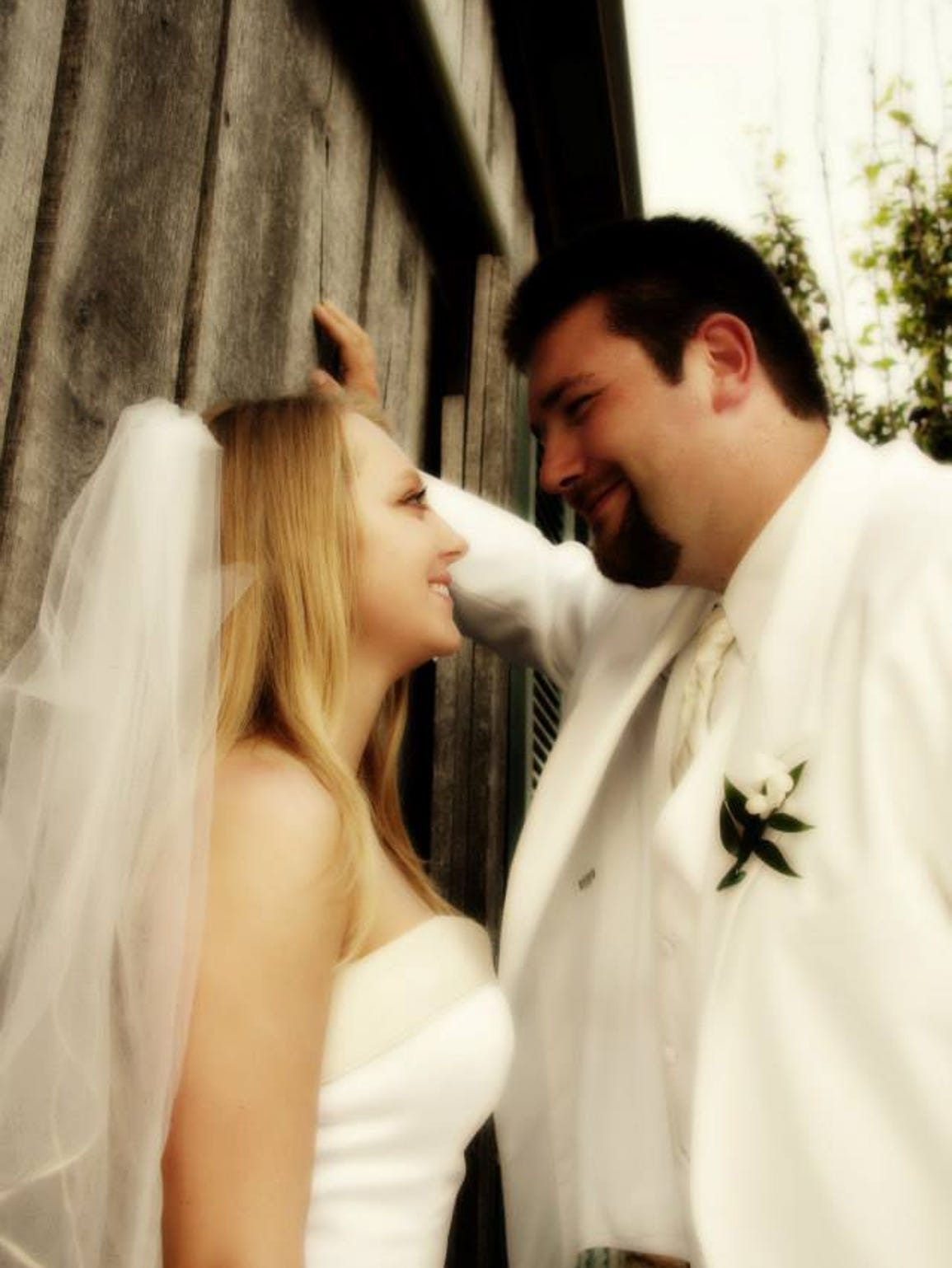 Lacey and Charles were married in 2008.