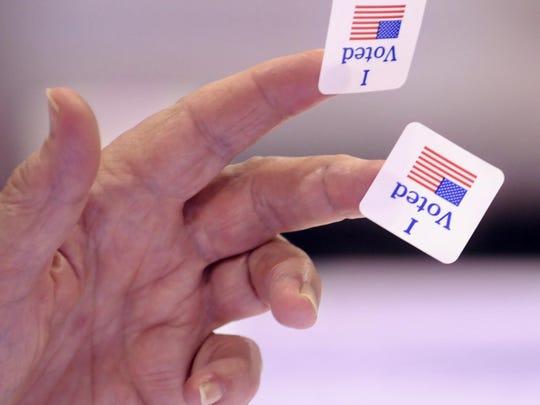 -Voting.JPG_20140403.jpg