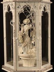 """La novia de fantasia"" (""The Fantasy Bride"") was inspired by the Posada illustration for a theatrical program cover called ""Todo lo vence el amor"" (""Love Conquers All"")."