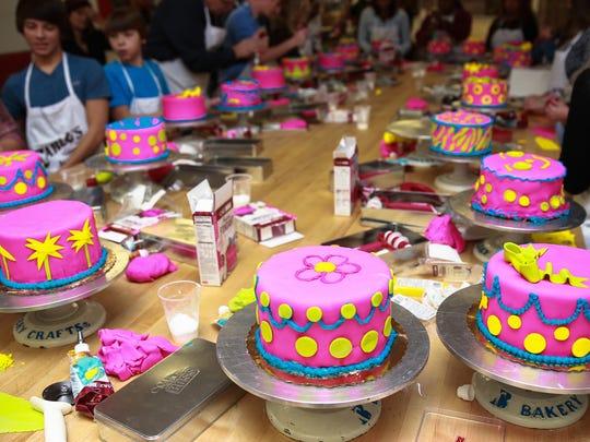 -CGO 1102 CAKE BOSS-cakes.jpg_20141030.jpg
