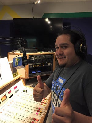 Josh Lewis, the Wendy's drive-thru guy with the golden voice, made his on-air debut Sunday afternoon on the music station B103.9 FM.