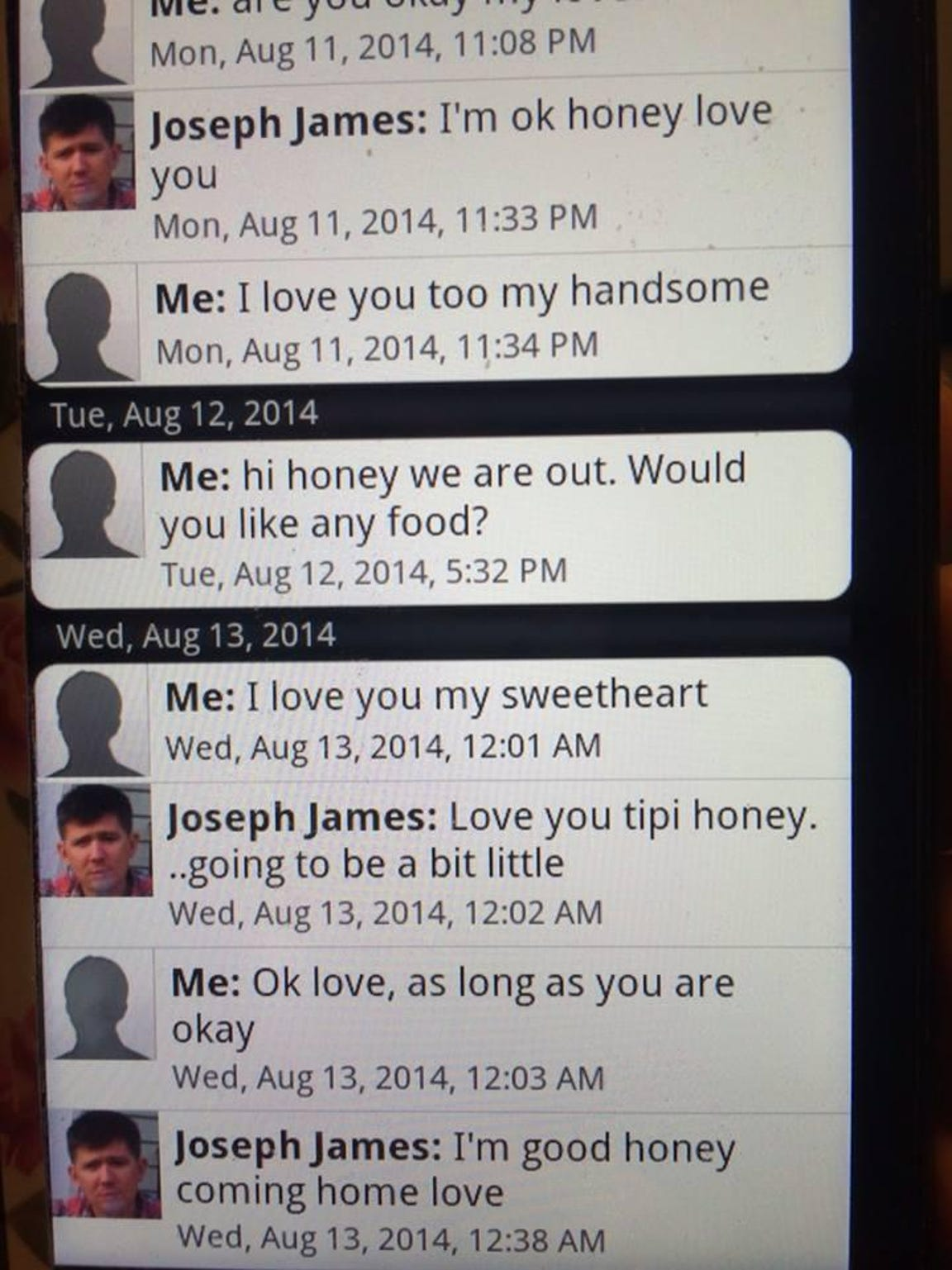 The last text messages that Joe and Robynn Dunn exchanged.