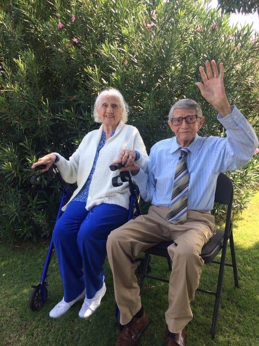 95-year-old twins celebrate birthday