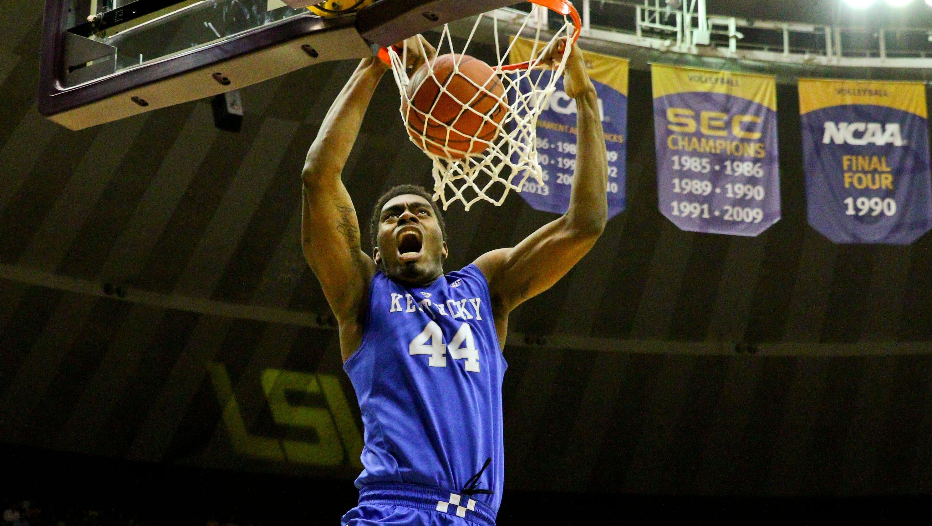 Kentucky Wildcats Basketball Full 2015 16 Schedule: Tuesday Tip-off: Can Tennessee Knock Off No. 1 Kentucky?