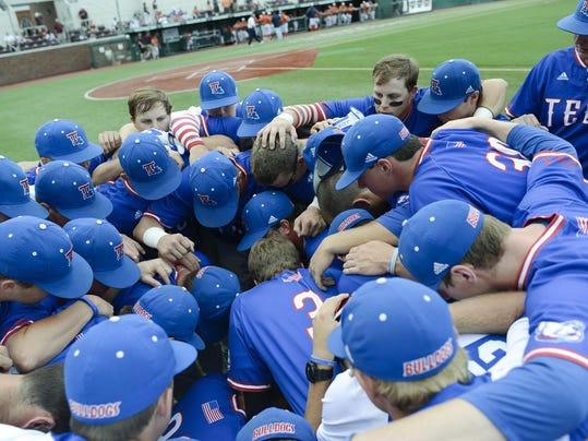 2016 NCAA Baseball Tournament-Starkville Regional