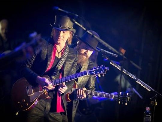 Richie Sambora and Zac Brown in Chicago on Friday,