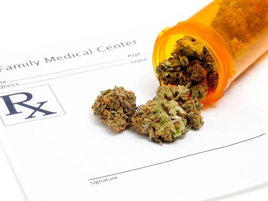 636204187301189442-Medical-marijuana.JPG