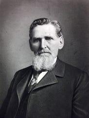 """Judge Eugene Criss was the """"father of Sac City"""" who"""