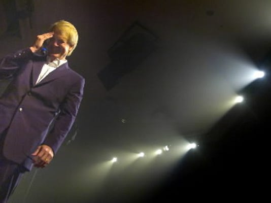 John Tesh talks about his life during a 2007 show at Living Word Community Church in York Township.