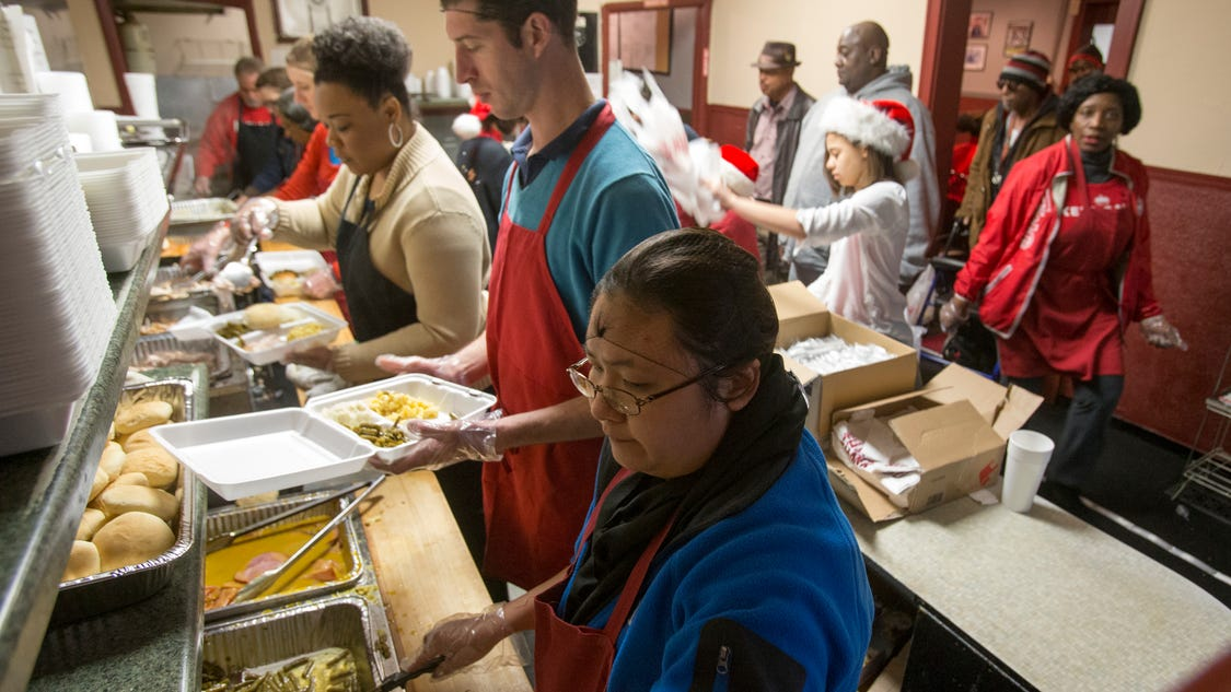 kountry kitchen serves free food to people in need for
