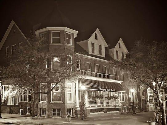 Holly Hotel at night.
