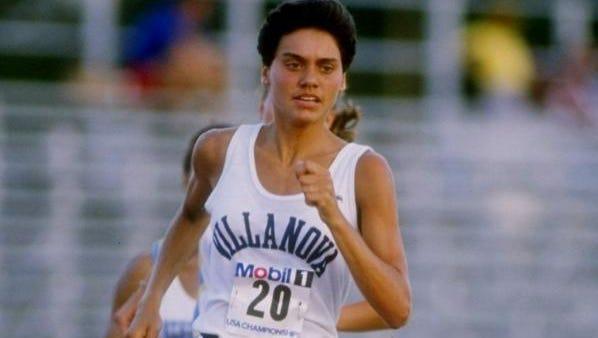 1988:  Vicky Huber of the Villanova Wildcats runs down the track during the TAC Championships. Mandatory Credit: Tony Duffy  /Allsport