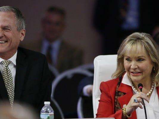 Mary Fallin,Dennis Daugaard
