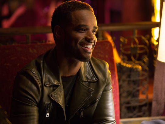 Warm-hearted musician Julian (Larenz Tate) could cure