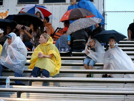 Rachel Denny Clow/Caller-TimesOrange Grove fans wait