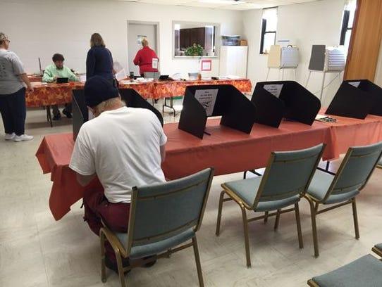 Glitches and delays marred voting in Hamilton County