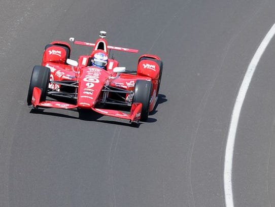 Scott Dixon won the pole for the Indianapolis 500 in