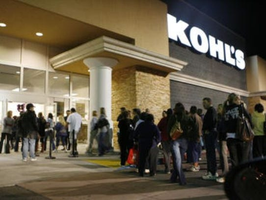 Kohl's has extended hours for holiday season. Almost retailing store of Kohl's is open early and close late. Extended hours of operation begin on Thanksgiving Day.