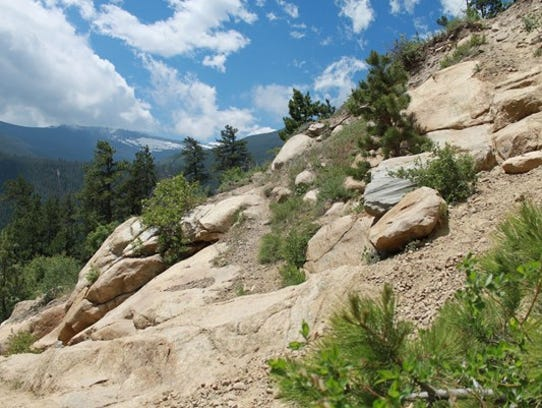 The trail above Alluvial Fan in Rocky Mountain National