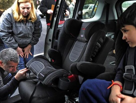 tennessee leads program to increase seat belt use. Black Bedroom Furniture Sets. Home Design Ideas