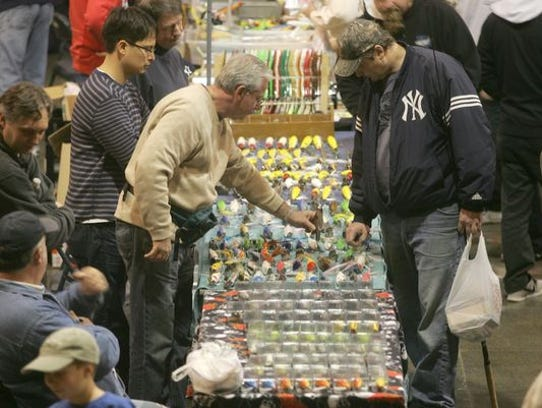 Top plug builders to be at asbury park convention hall for Fishing flea market near me
