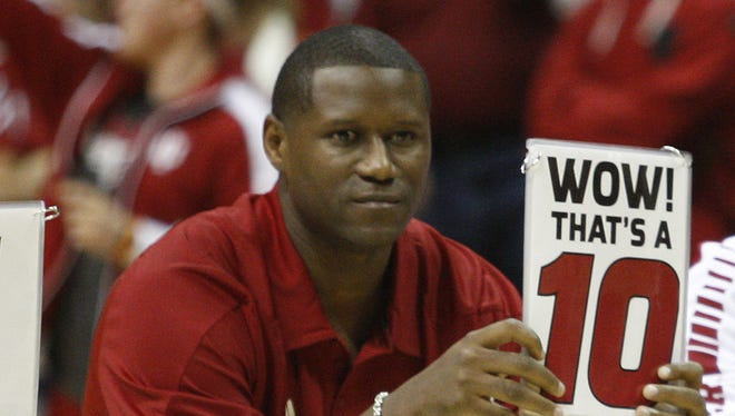 FILE – A.J. Guyton was an All-American in 2000 for the Hoosiers.