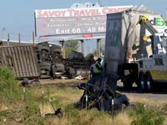 2011 FedEx crash on I-10 photo