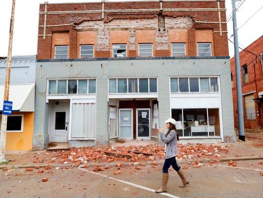 AP EARTHQUAKE- OKLAHOMA A USA OK