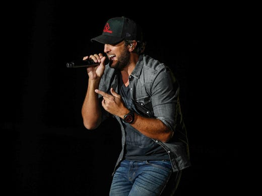 Luke Bryan Announces Opening Acts For Iowa Farm Concert