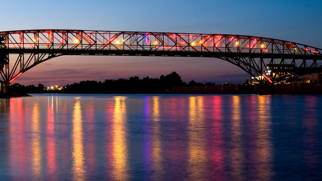 The Long-Allen bridge, also known as the neon bridge, was a public symbol of a connection between Shreveport and Bossier City. Its lights are extinguished but could they come back?