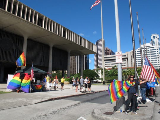 -ASBBrd_11-13-2013_PressMon_1_A013~~2013~11~12~IMG_Gay_Marriage-Hawaii__6_1_.jpg