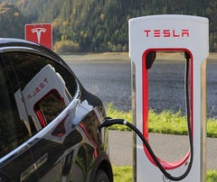 Wawa, Tesla team up for Howell charging station