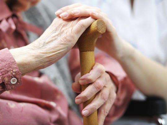 IMG_Elderly_1_1_6UBHDE3M.jpg_20150804.jpg