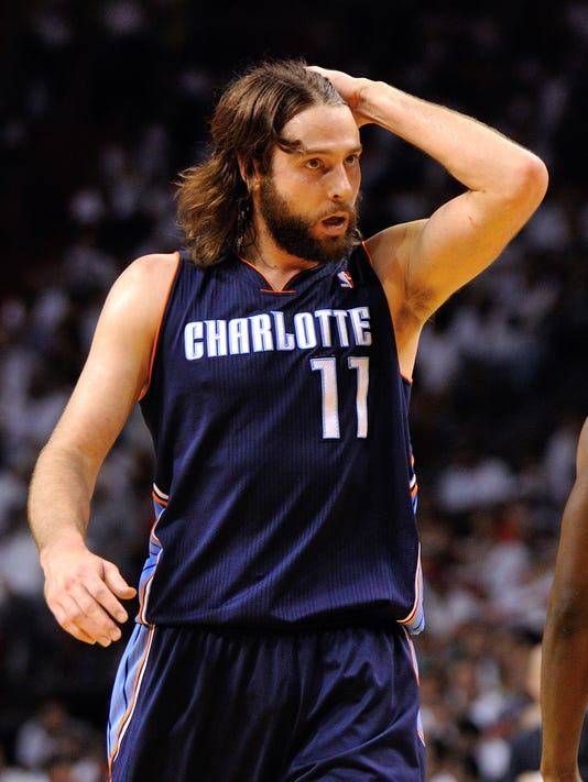 Josh McRoberts to sign contract with Miami Heat