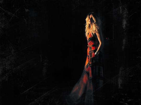 Elizabeth Cook will be promoting her new album with a a show Feb. 2 at Fifth & Thomas.