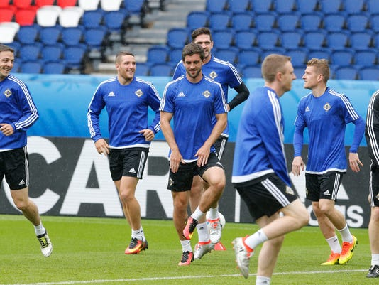 Northern Ireland coach eyes place in last 16 of Euro 2016