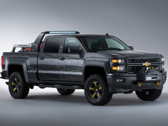 Chevrolet-Silverado-BlackOps-001