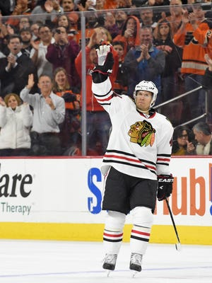 Chicago Blackhawks defenseman Kimmo Timonen (44) waves to the crowd during his return to Philadelphia against the Philadelphia Flyers during the first period at Wells Fargo Center.