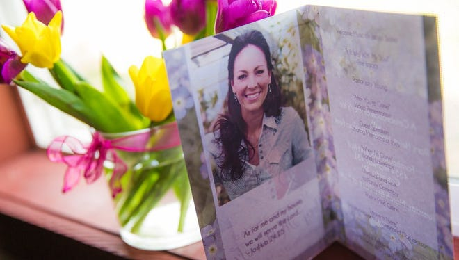 Joey Feek was honored with a funeral and a memorial service.