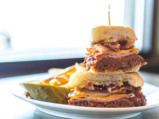 PorkFlatliner4jmo_SuperSeriousSandwiches-1403