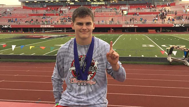Fairview's Logan Parsons won the 400m event at the TMSAA State Meet to earn the championship title.
