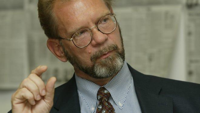 James Hamm speaking to The Arizona Republic editorial board in 2005
