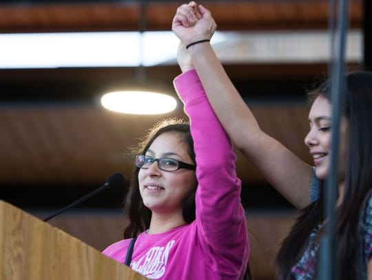 Voces Youth Council members Elizabeth and Diana Calderon