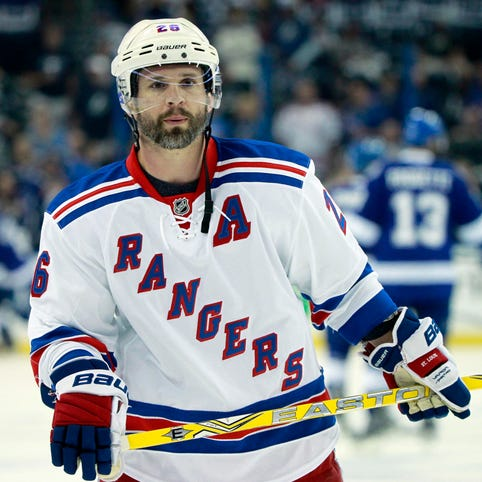 Right winger Martin St. Louis played 16 seasons, earning seven All-Star trips.