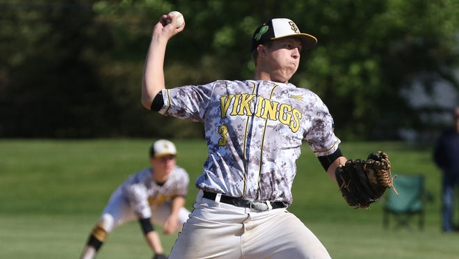 South Brunswick pitcher Anthony Sjolund (3) throws against Piscataway at South Brunswick in first round GMCT baseball on May 16, 2016.
