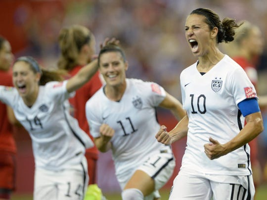United States women's soccer star Carli Lloyd (10) will be one of the panelists at the ANA Inspiring Women in Sports Conference March 27 at Mission Hills Country Club in Rancho Mirage.