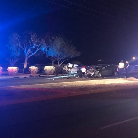 4 kids, 2 adults injured in early-morning Tolleson crash